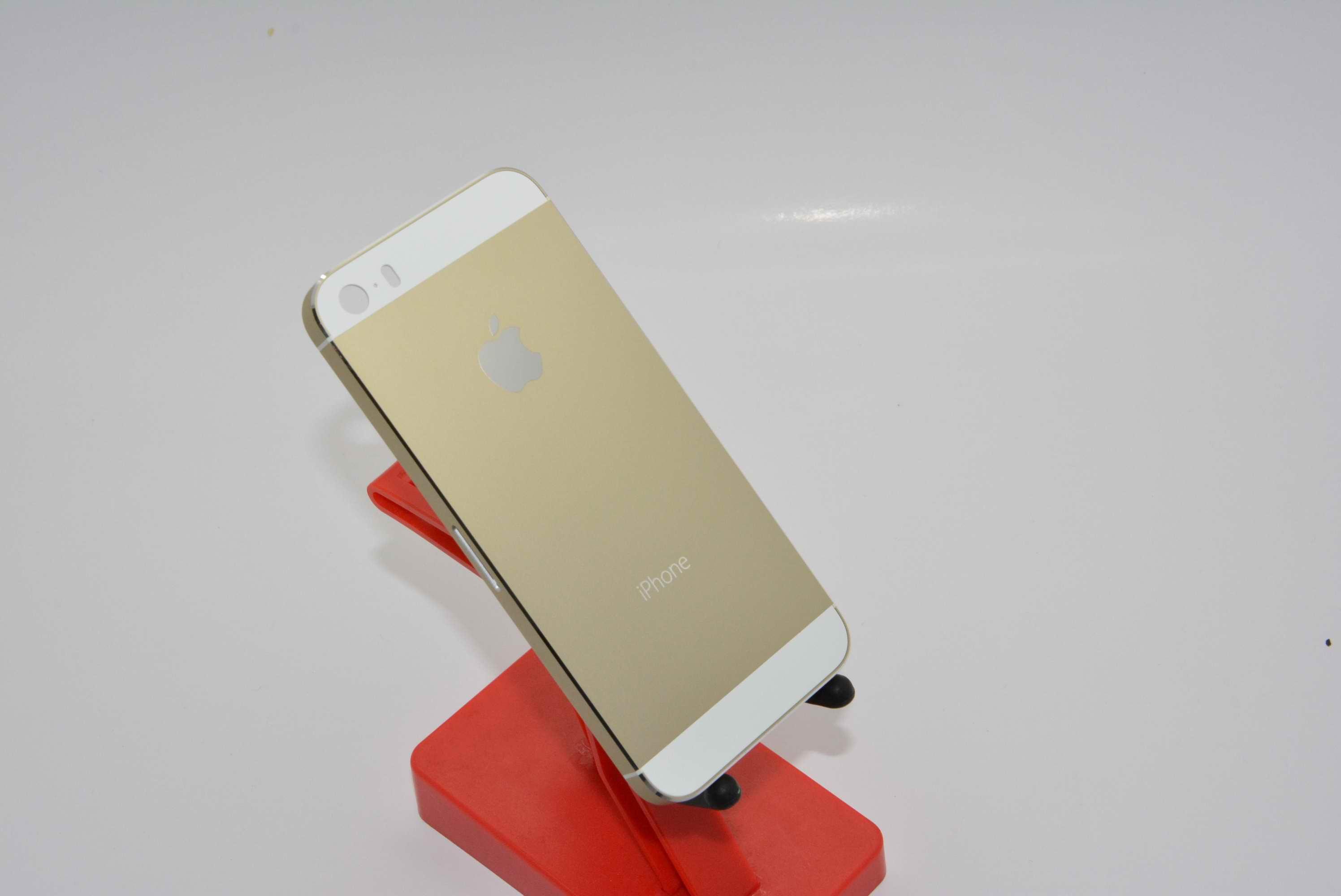 Айфон 5 золотой фото цветов