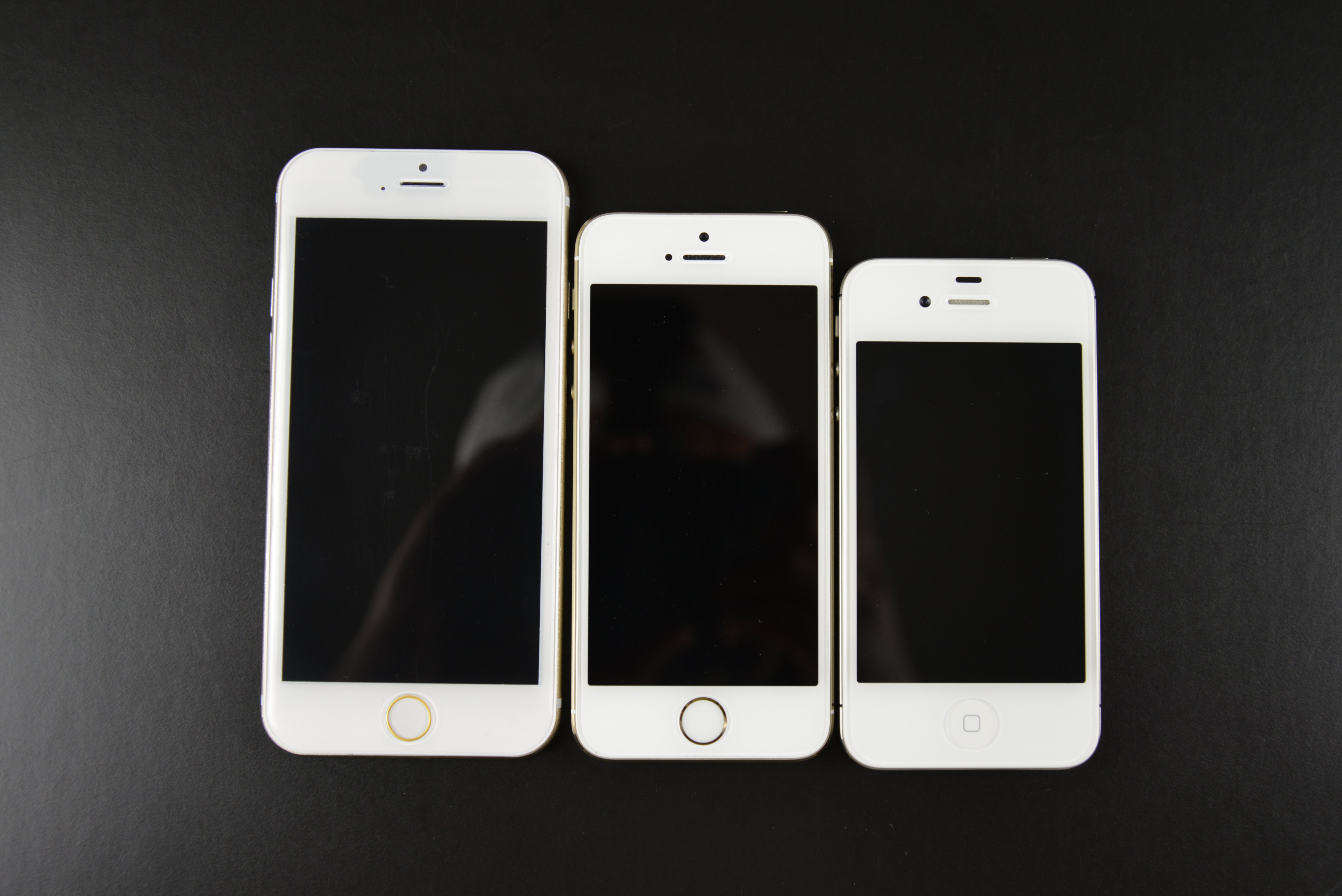 a visual look at apple 39 s iphone 6 vs previous iphones. Black Bedroom Furniture Sets. Home Design Ideas
