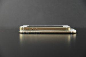 Apple iPhone 6 (Mockup) 12