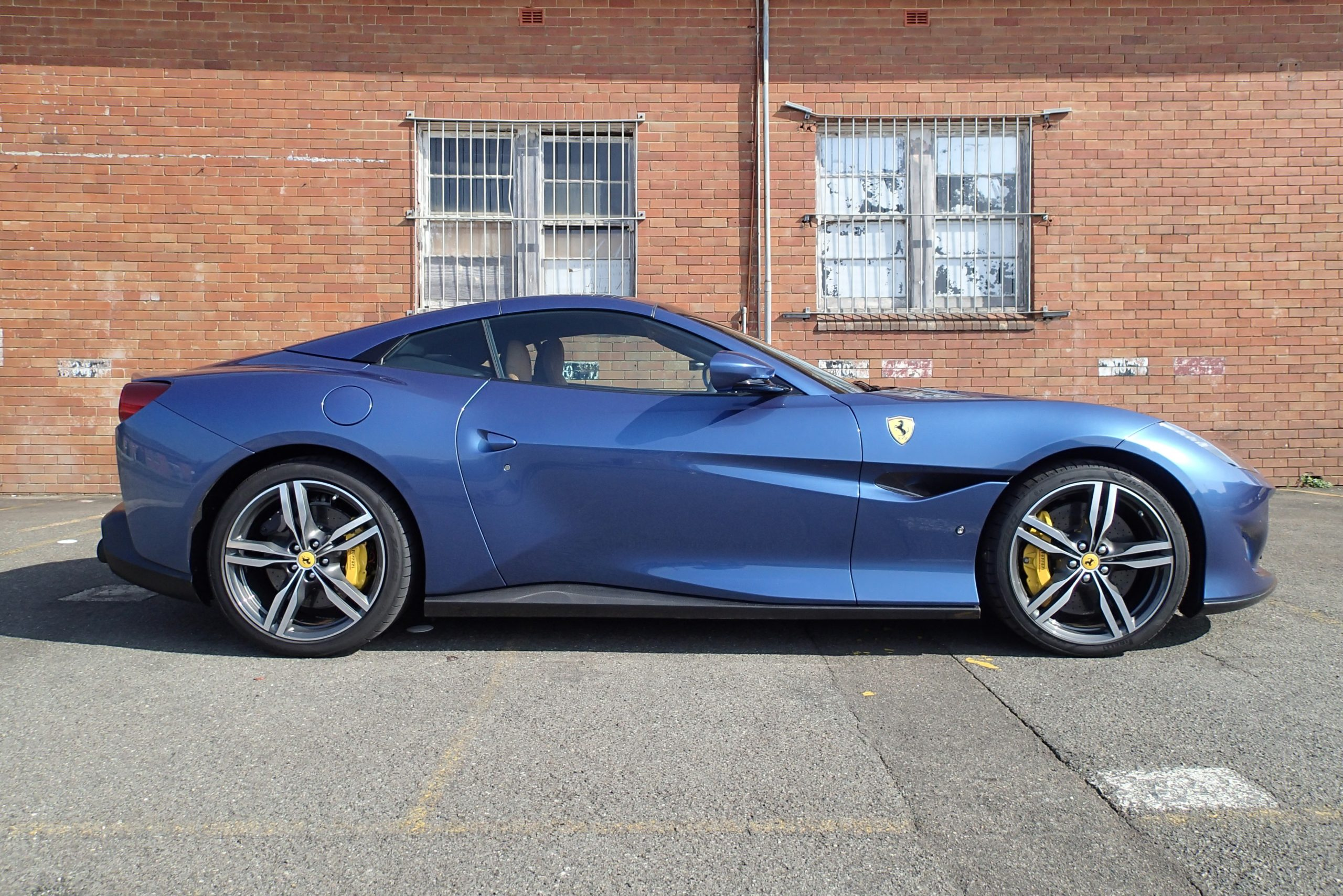Review 2020 Ferrari Portofino